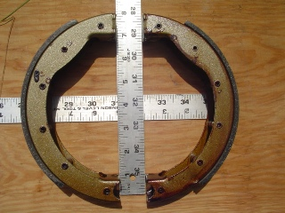 0030 - Mechanical Brake Shoe Set Front
