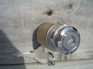 0073 - Ignition Switch Early FX / XL